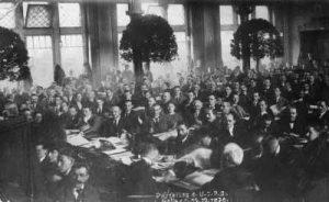 Les délégués du congrès de l'USPD à Halle